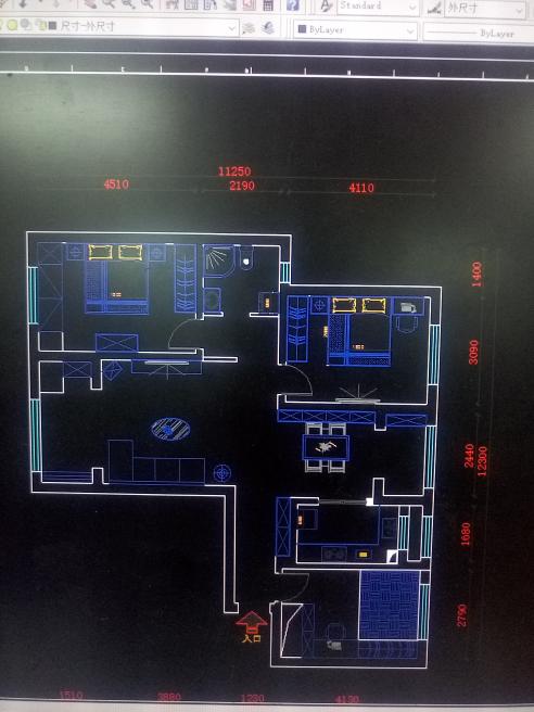 三室二厅一厨一卫